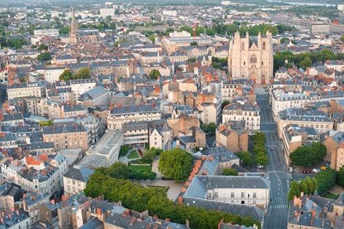 Vista de Nantes un día de verano.