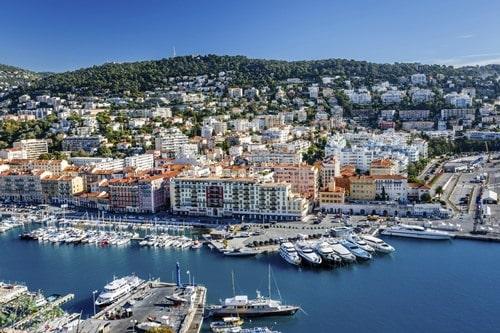 Vista aérea del puerto de Niza.
